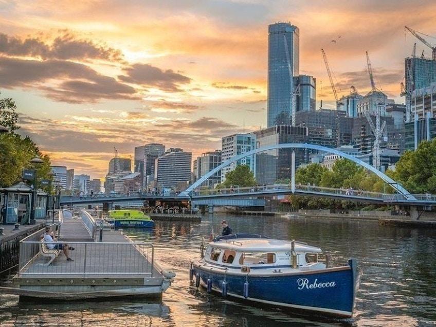 Melbourne boat hire on the Yarra River, Rebecca
